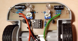Deska plošných spojů sledovacího autíčka