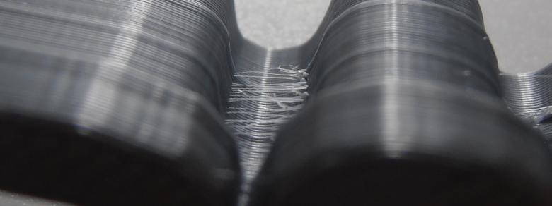 Chlupatý 3D výtisk, stringování v malém  prostoru