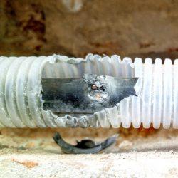 Navrtaný kabel
