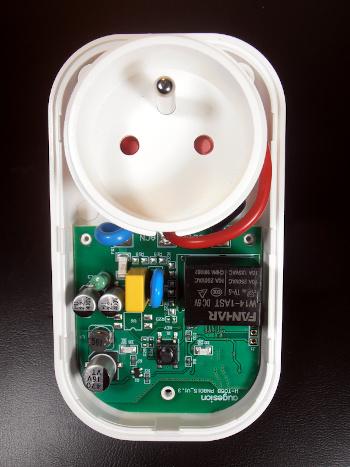 Chytrá zásuvka WETO W-T05