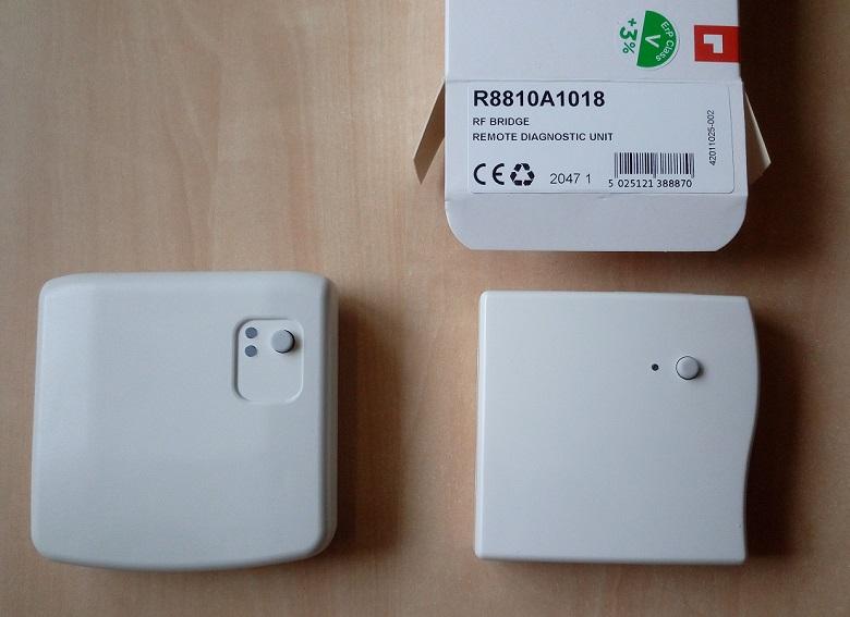Reléová jednotka BDR91A1000 a jednotka s OpenTherm výstupem R8810A1018